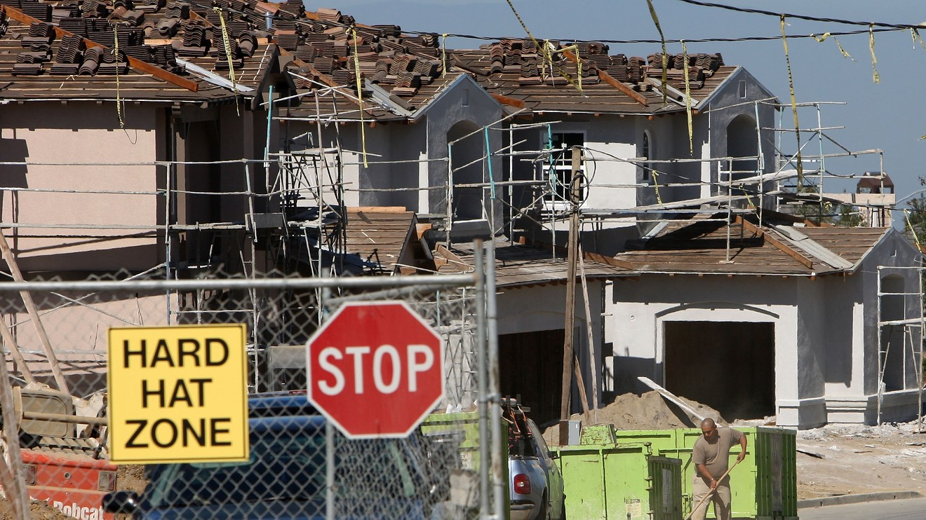 Home-builder stocks sink after Toll Brothers blames rising rates, negative media for further market slowdown