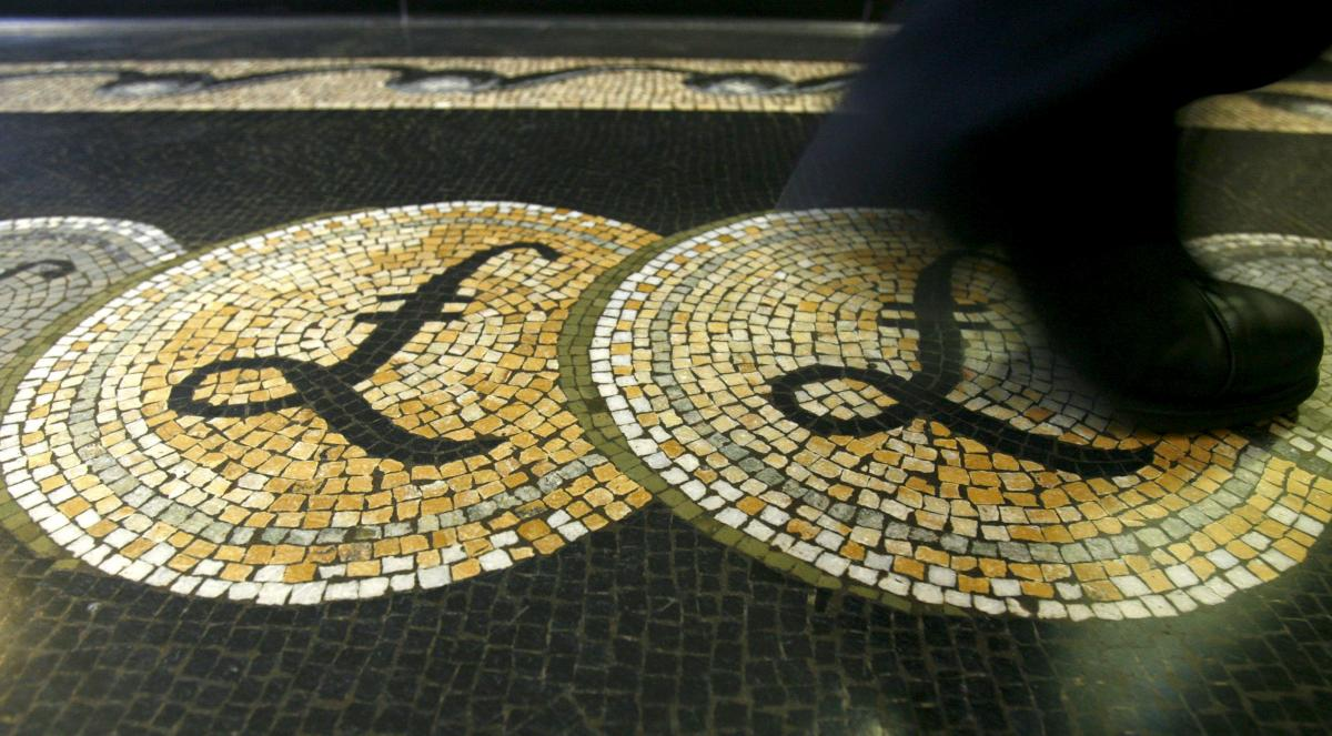 Brexit concerns bite into sterling's share of giant London FX market