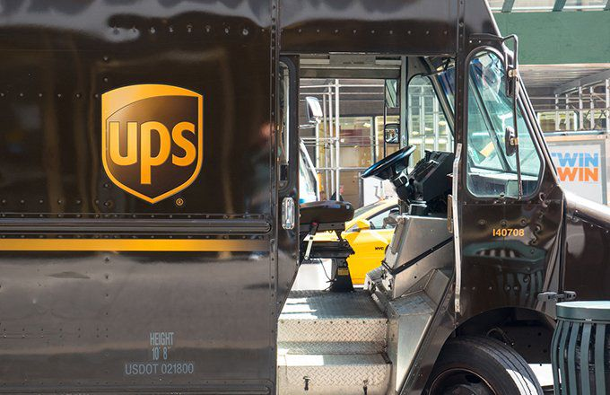 UPS vs. FedEx: What's the Difference?