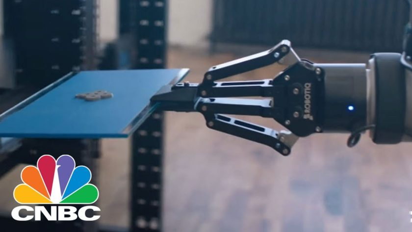 This Start-Up Is Using Robots And 3D Printers To Build A Factory With Almost No Humans | CNBC